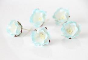 Цветы яблони голубые с белым 1 шт.