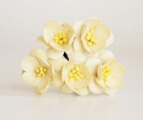Цветок вишни Молочный, 1 шт